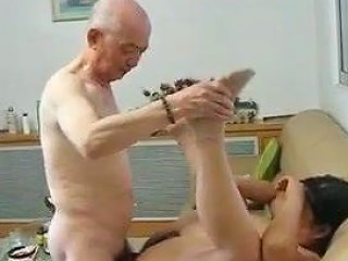 XHAMSTER @ Chinese Granny Neighbour Gets Fucked By Chinese Grandpa
